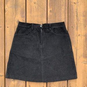 Brandy Melville black corduroy skirt 🖤